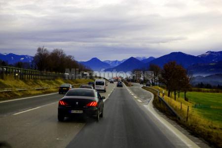 高速公路优美风光