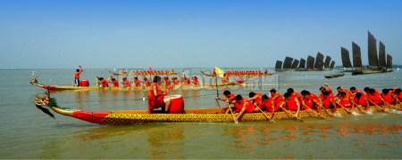 端午节洪泽湖龙舟赛