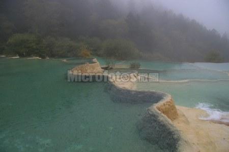 黄龙彩池大坝