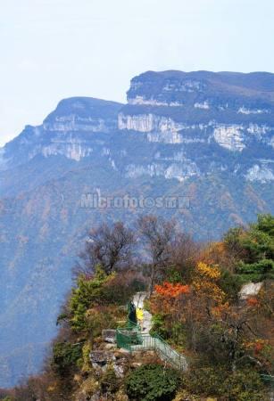 秋色香炉山
