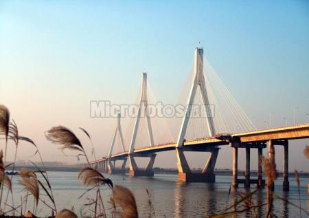 岳阳洞庭湖大桥