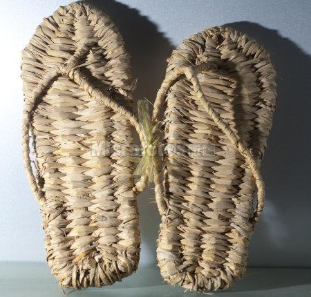 传统瑶族草鞋