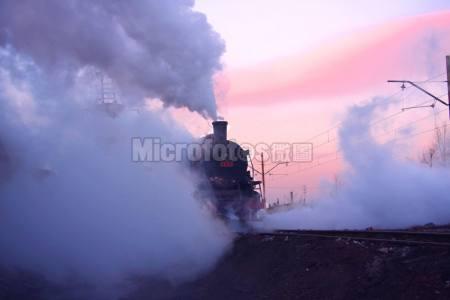 朝霞与蒸汽