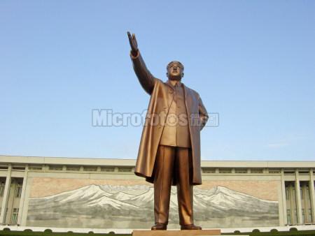 朝鲜平壤金日成像