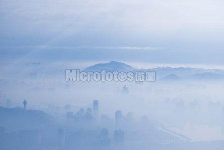 大雾里的厦门