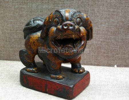 清代木雕狮