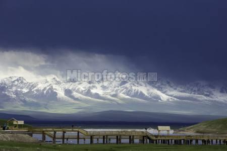 巴音布鲁克天鹅湖